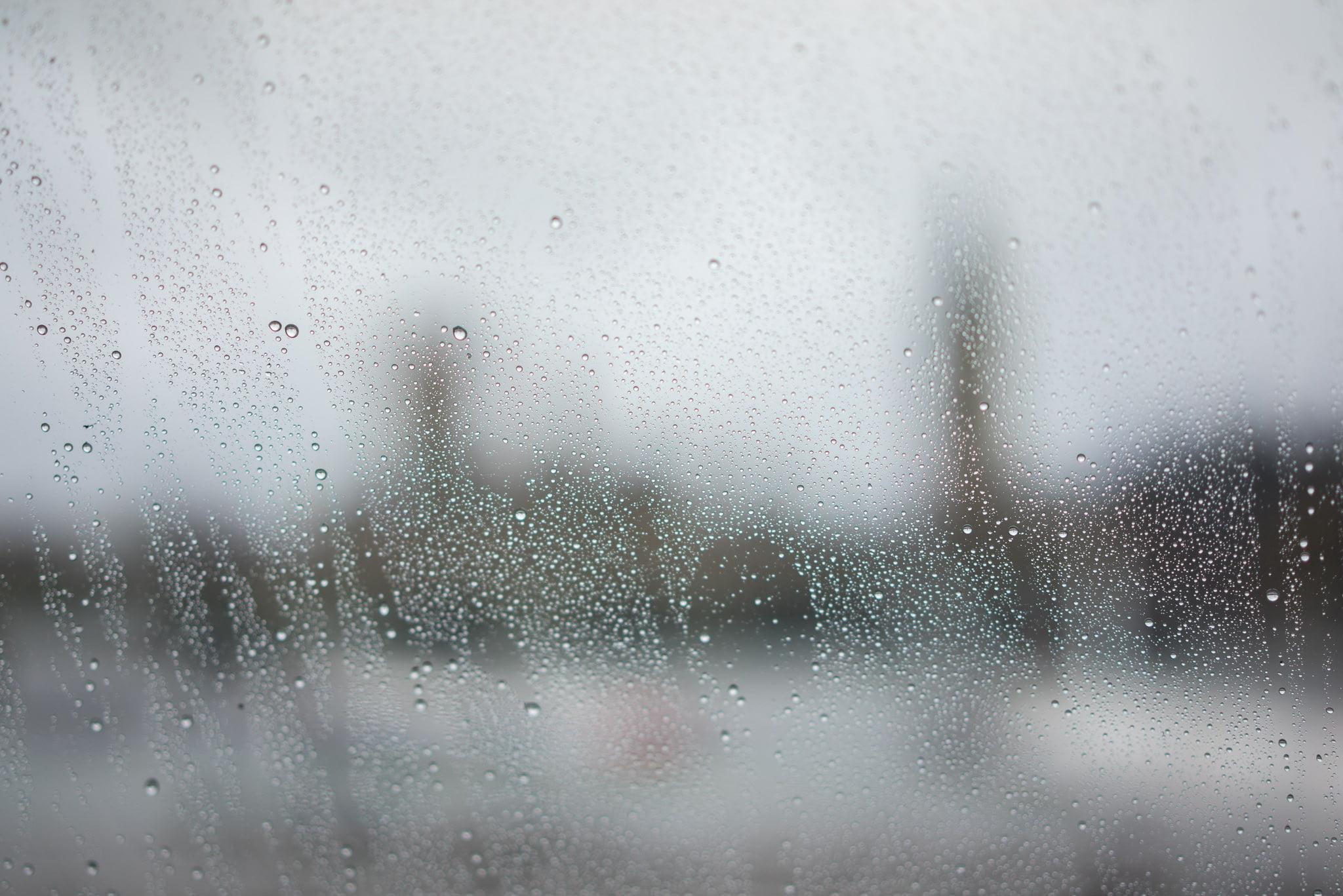 BIG RAIN Spring time in London