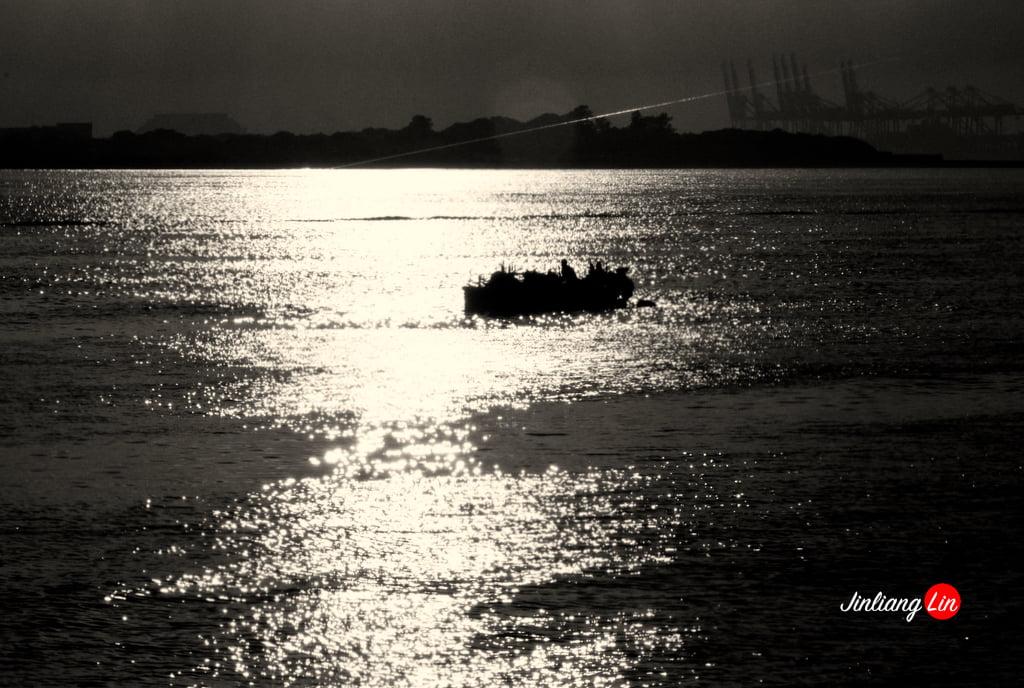 在河岸的夕陽裡探訪淡水小鎮最美麗的一瞬間 Tamsui River Sunset 20111024 1